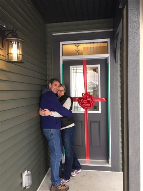 How To Make A Giant Bow For Front Door