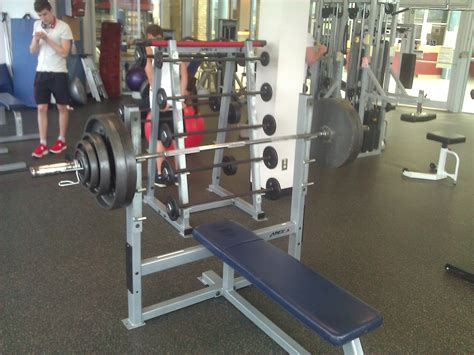 400 lb bench press 400 lb bench press club 165 lb bench press benches