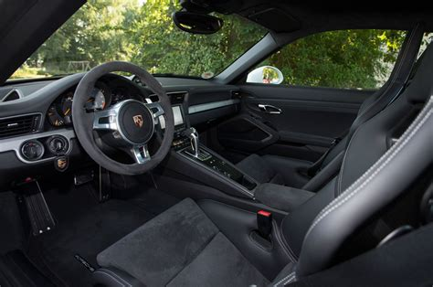 porsche 911 interior 2014 porsche 911 reviews and rating motor trend