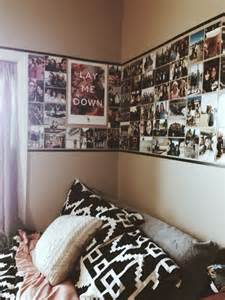 dorm wallpaper dorm room ideas make a wallpaper out of photos posters
