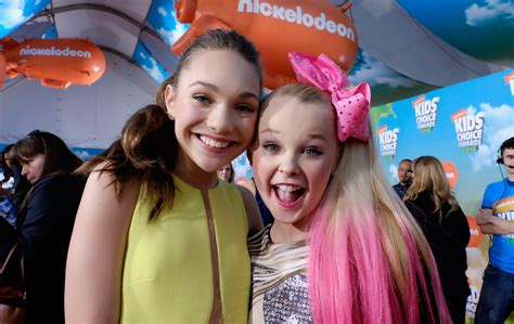 imagenes niños fashion maddie ziegler s life after dance moms revealed what s