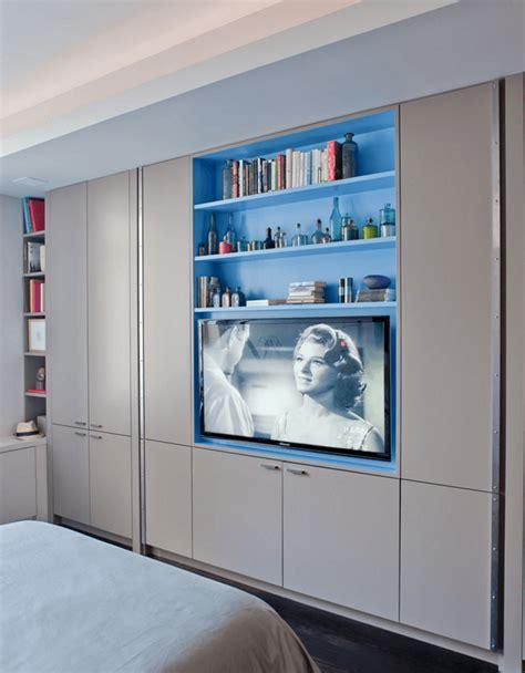Closet With Tv by 61 Ideias Para Quartos Planejados Arquidicas