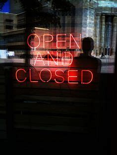 light up open closed sign 1000 images about i saw the sign on neon