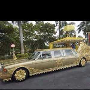 gold plated car gold plated car that belongs to the sultan of brunei gold and diamond cars pinterest cars