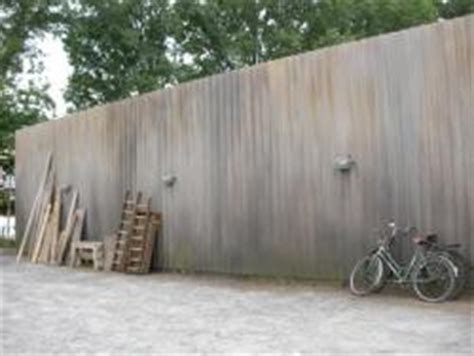 Bauunternehmen In Köln by Aufbau Einer Sichtschutzwand In K 195 182 Ln Mit Stahlger 195 188 St Und