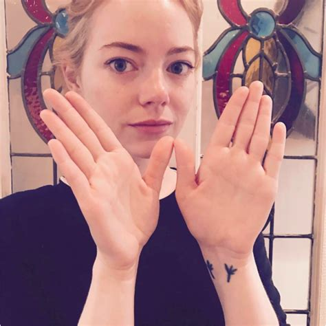 emma stone on instagram this is why your favorite celebs are throwing up the w