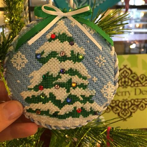 christmas tree needlepoint pattern 105 best needlepoint ornaments images on pinterest