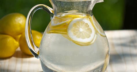 does lemon water make you go to the bathroom 10 benefits of lemon water