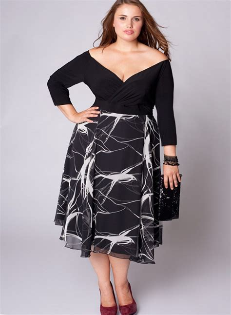Best Dress Style For Short Women Curvy Girl Fashion Hacks