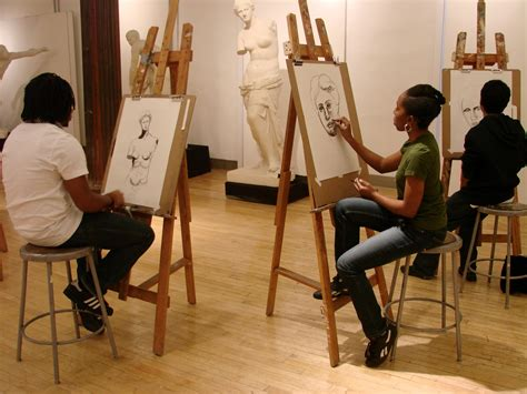 painting in school schools in southern california with degree and class