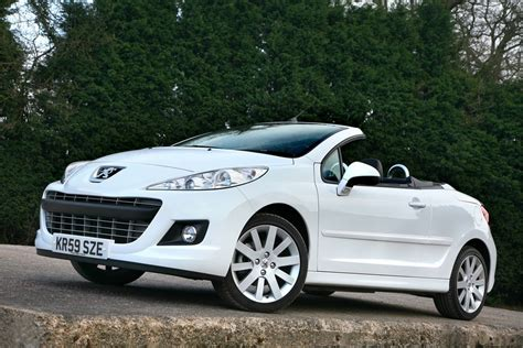 peugeot convertible peugeot 207 cc 2007 car review honest john