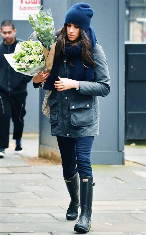 celeb hunter boots meghan markle from celebrities who wear hunter boots e news