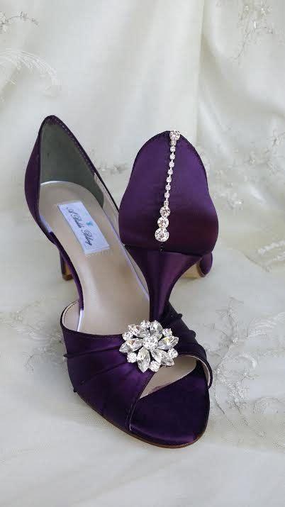 amazing wedding shoes that i dyed eggplant purple