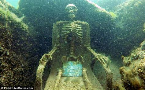 boulder boats phoenix phoenix couple claim responsibility for joke skeletons at