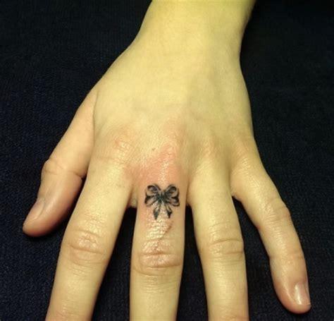 kleines tattoo finger kosten ink31 was kleines zwischendurch tattoos von tattoo