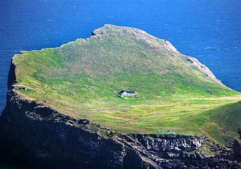 isolated house the most isolated house in the world extravaganzi