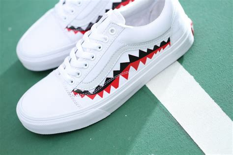 Vans Oldskool Bape White Shark Mouths vans x bape 17ss white shark mouths tooth skool skate