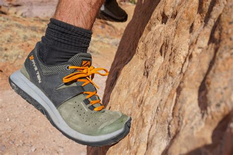 stiff climbing shoes five ten access review outdoorgearlab