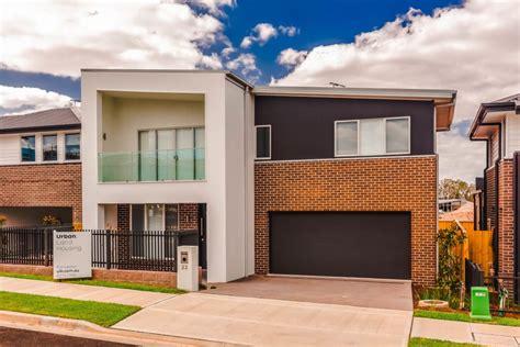 three bedroom townhomes denham court 22 indigo crescent for rent urban land