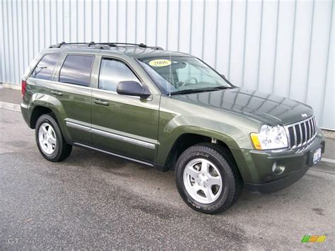 jeep dark green 2006 jeep green metallic jeep grand cherokee limited 4x4