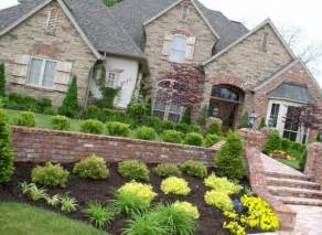 traditional wall design of front yard landscaping ideas for ranch style homes