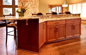 Two Tier Kitchen Island Pin By Rechelle Blank On Kitchen Inspiration