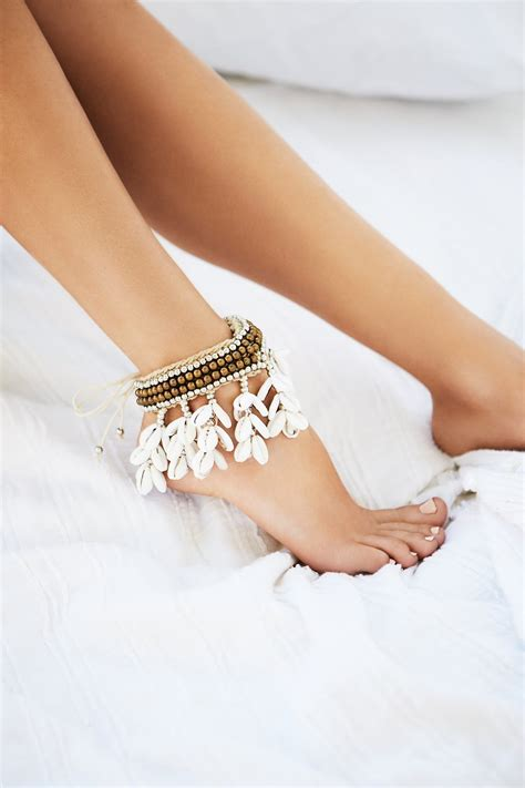 Cantika Dress cantika shell anklet at free clothing boutique