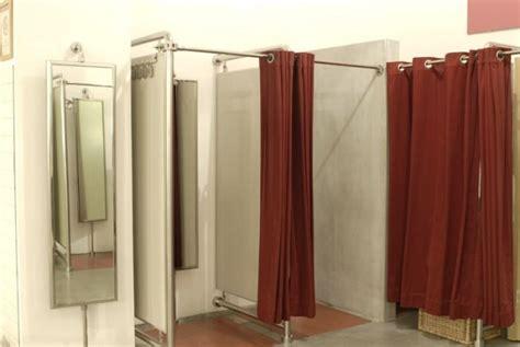 tende per camerini specchi da camerino negozio abbigliamento guida alla scelta