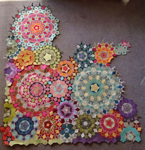 Hexagon Patchwork Quilt - 2613 best hexagons and more images on hexagon