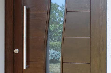 portoni d ingresso in legno realizzazioni porte e portoni d ingresso rivas