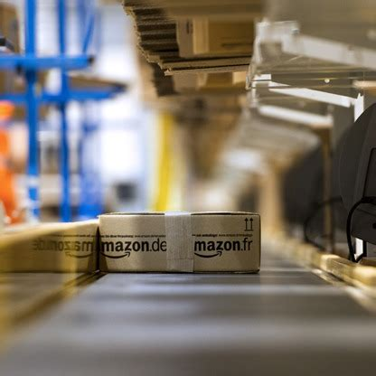 amazon coma amazon com on the forbes global 2000 list