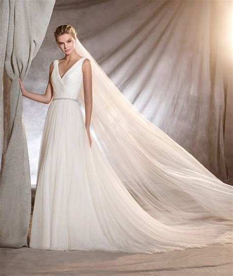 Pronovias Brautkleider by Pronovias Wedding Dresses At Tilly Mint Weddings