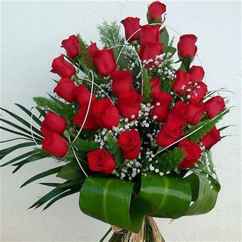ramo de rosas rojas regalo perfecto para mama este 10 de mayo how to make a bouquet of red roses cu 225 nto cuesta una docena de rosas para regalar