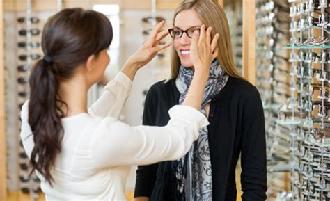 Marine Lunetier Troyes by Bts Opticien Lunetier Neosup Formation Optique
