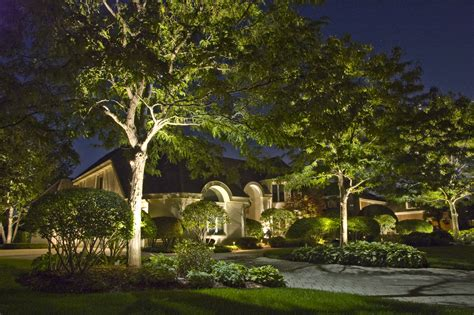 moon lighting outdoor lighting  chicago il outdoor