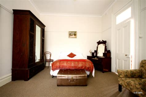 synonyms for bedroom 255 bentinck st bathurst nsw 2795