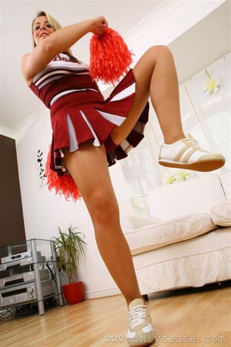 teen stripping in bedroom teen stripping in bedroom 28 images stripper mom