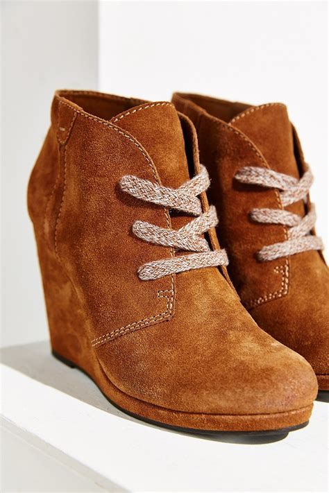 dolce vita gael wedge ankle boot in brown lyst