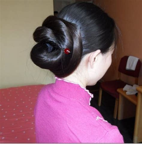 show me latch hook and sew n hair style combine ilhw bun of silky hair braid best 25 wedding low buns