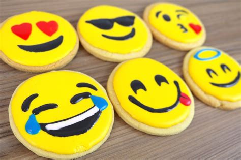 cookie emoji how to emoji cookie biscuits carlytoffle