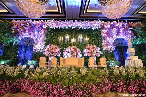 Excellent Wedding Organizer Jakarta by Heavenly Flower Wedding Lightworks