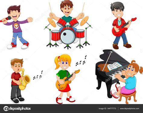imagenes de niños tocando instrumentos musicales cole 231 227 o de crian 231 as cantando e tocando instrumentos