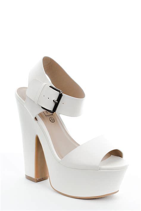 chunky white platform sandals white sandals white chunky platform sandals
