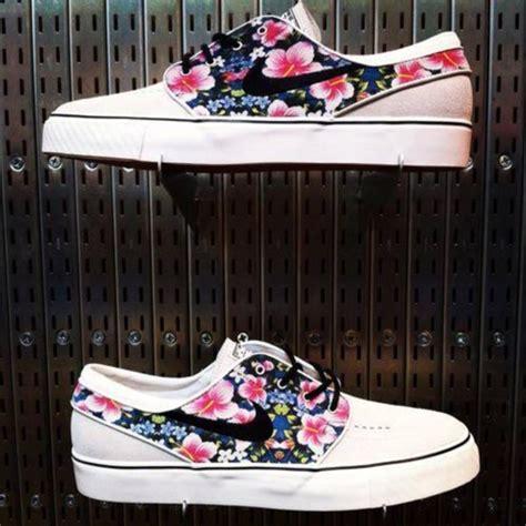 nike hawaiian print shoes shoes janoski s nike floral summer hawaiian pink