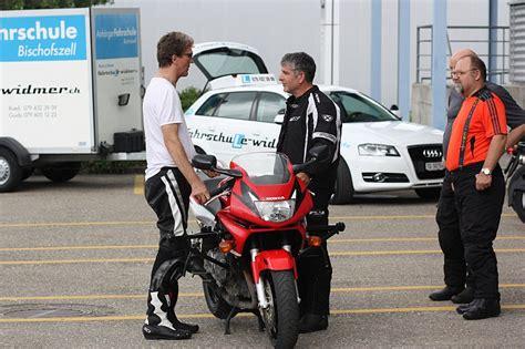 Motorradgrundkurs Ar by Fahrschule Fahrlehrer In Herisau Ch Fahrschulen Preise