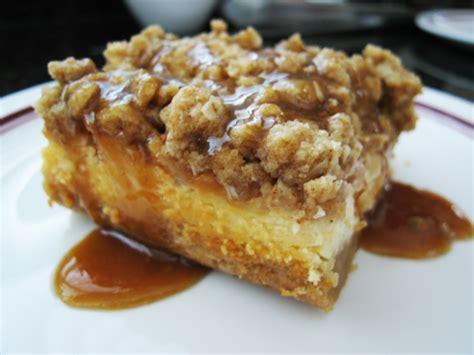 caramel apple cheesecake bars with streusel topping caramel apple cheesecake bars with streusel topping interior design inspiration eva designs