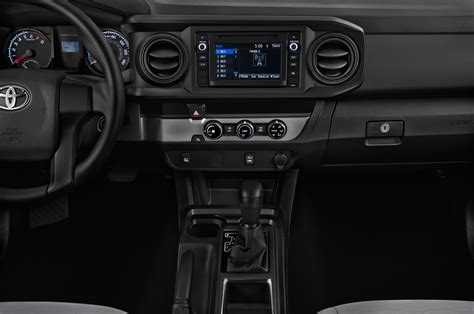 toyota tacoma interior 2017 2017 toyota tacoma reviews and rating motor trend