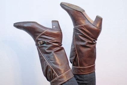 how to stretch cowboy boots how to stretch shafts of calf boots black cowboy
