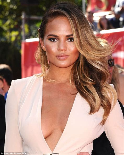 chrissy teigen hair color chrissy teigen cannot hide excitement as she shows
