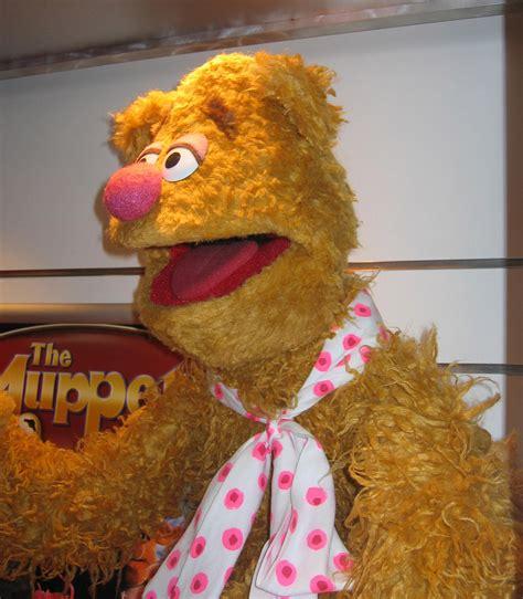 Wakai Wakal Replika Replica Murah fozzie photo puppet replica muppet wiki